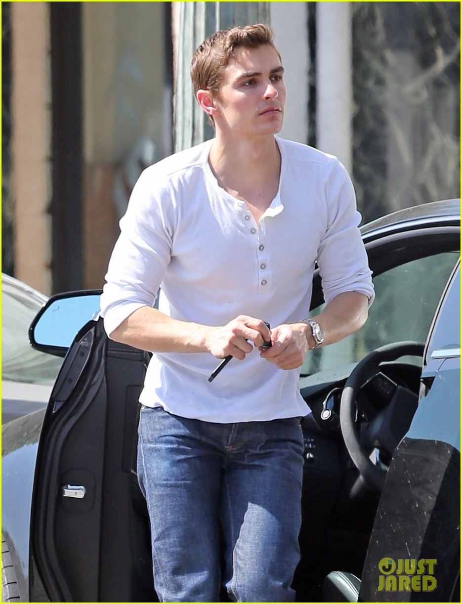 dave franco hollywood shopping stop 022858726