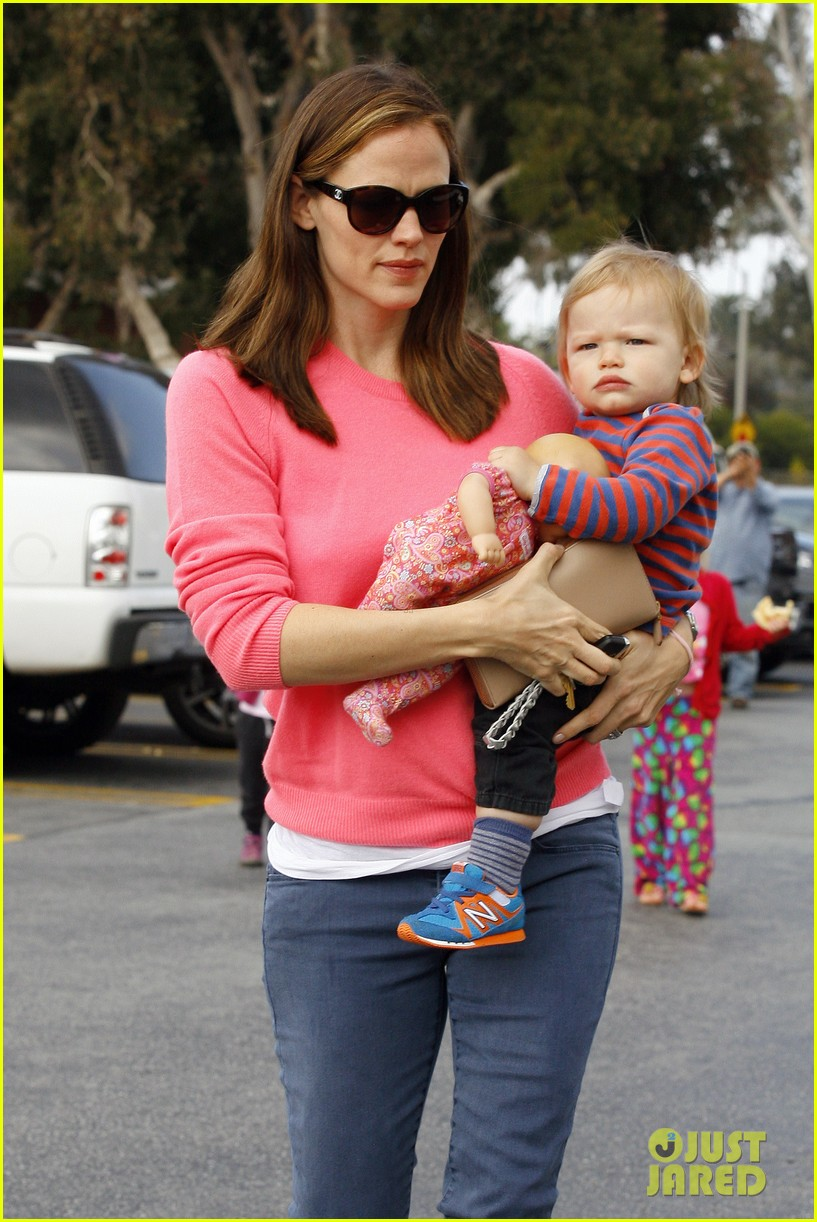 jennifer garner ben affleck cavalia odysseo with the kids 022844770