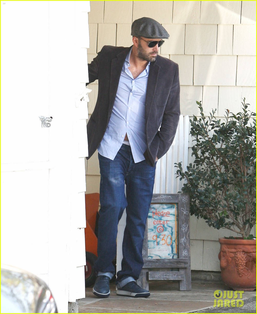 jennifer garner visits new york ben affleck on daddy duty 042843038