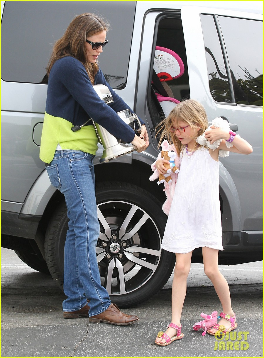 jennifer garner ben affleck weekend shopping with the girls 362855054