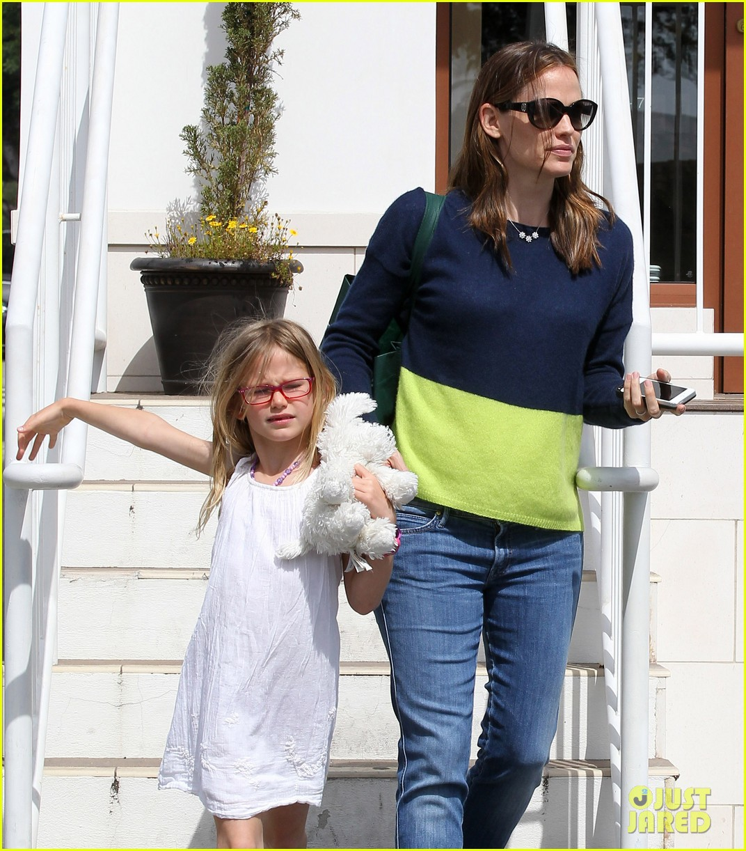 jennifer garner ben affleck weekend shopping with the girls 462855064