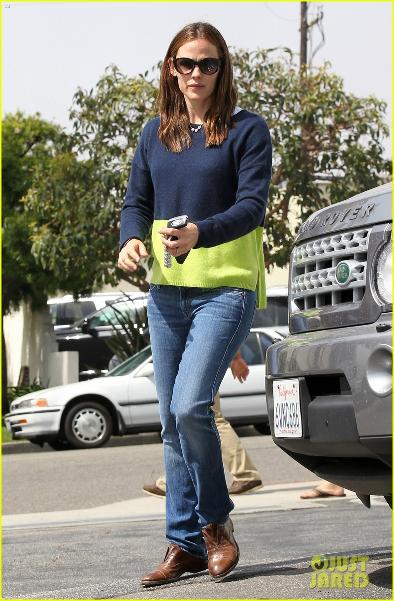 jennifer garner ben affleck weekend shopping with the girls 482855066