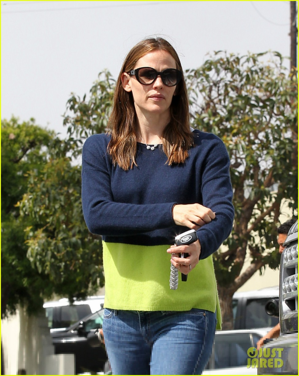 jennifer garner ben affleck weekend shopping with the girls 492855067