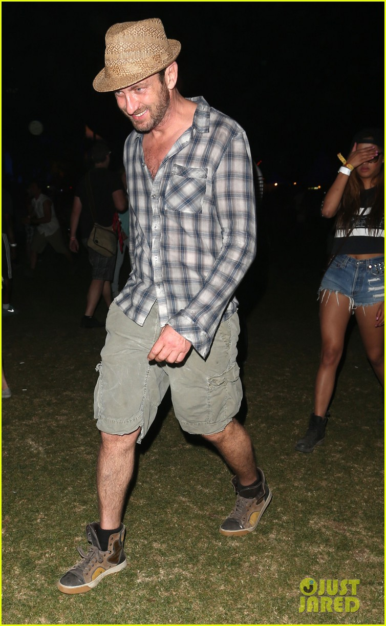 gerard butler jessica alba coachella weekend two 012854732