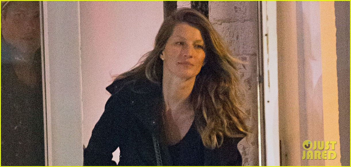 gisele bundchen tom brady hold hands on dinner date 01