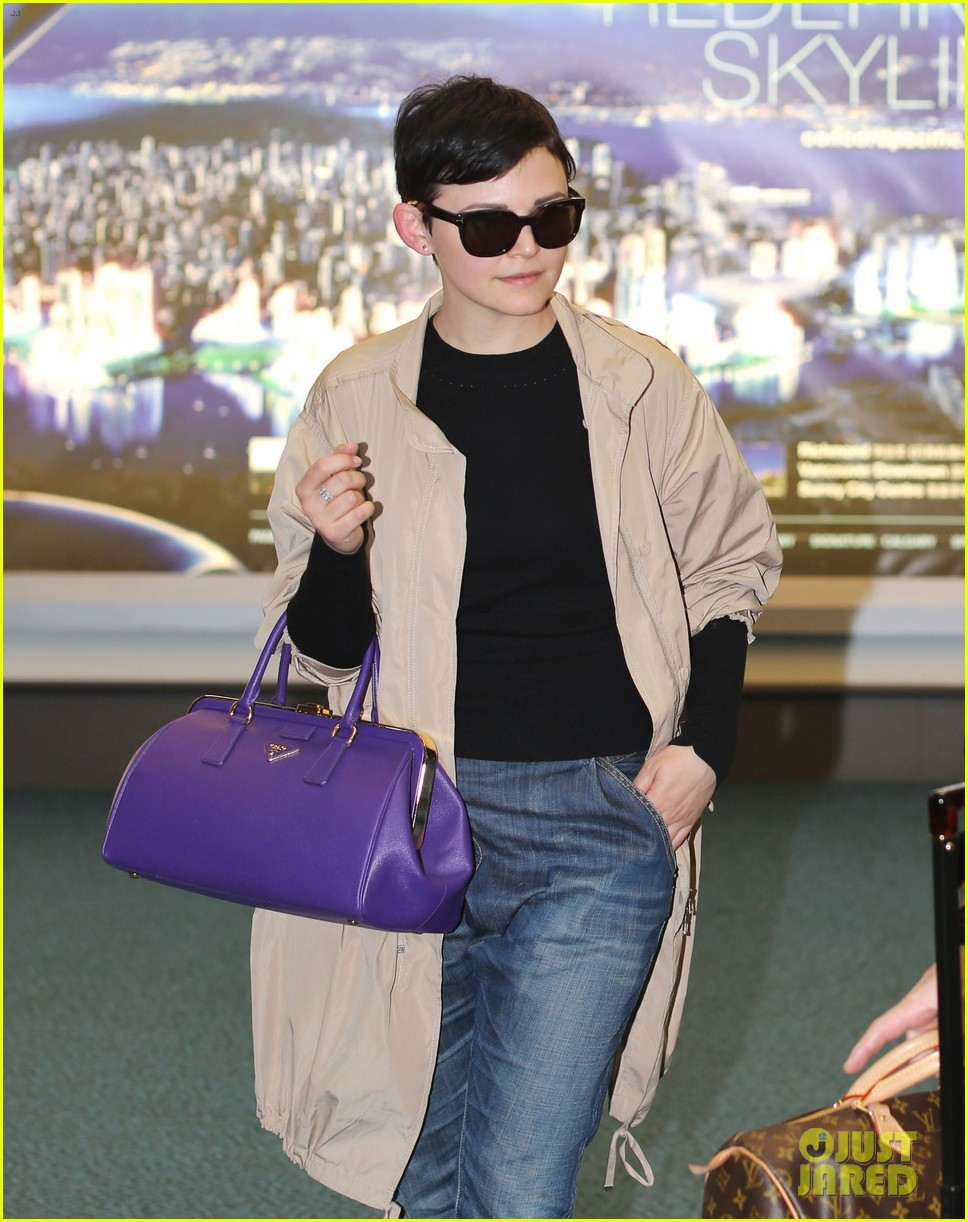 ginnifer goodwin josh dallas vancover touchdown 022841534