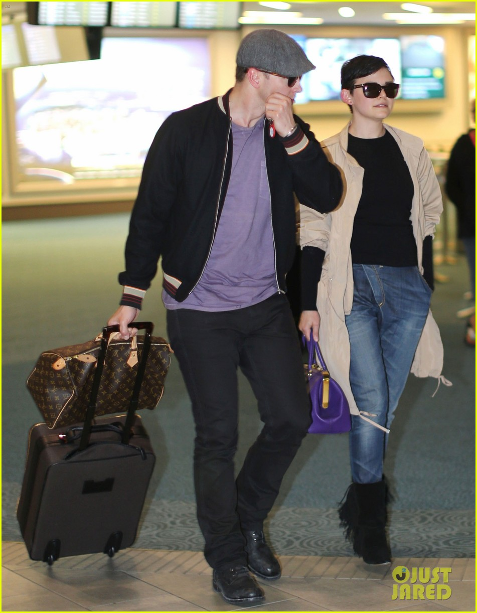 ginnifer goodwin josh dallas vancover touchdown 082841540