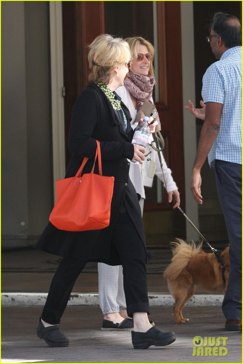mamie gummer post split easter outing with meryl streep 052841426