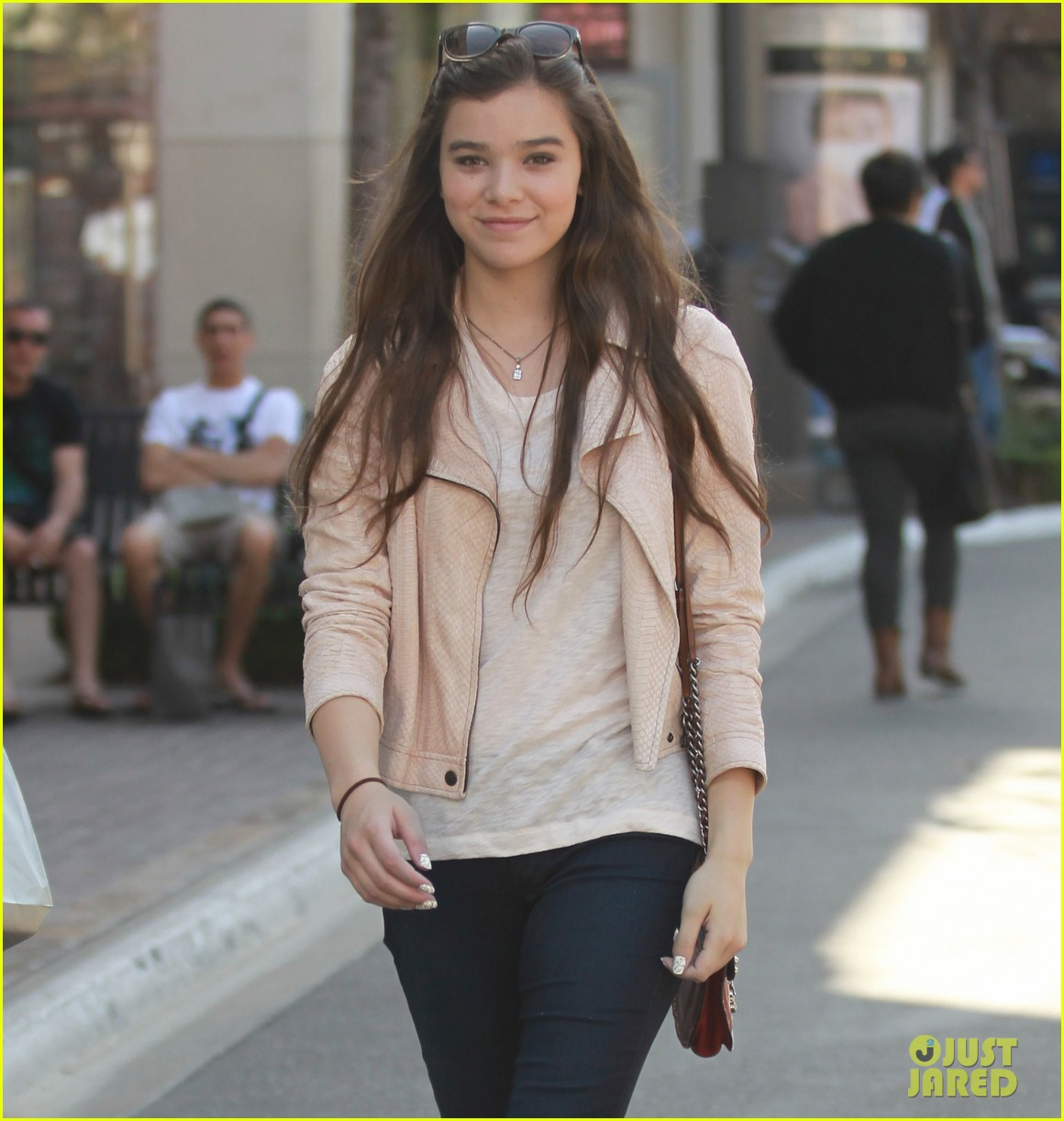 hailee steinfeld i cant wait to see great gatsby 032859936