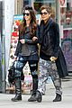 halle berry pregnant shopper in nyc 30