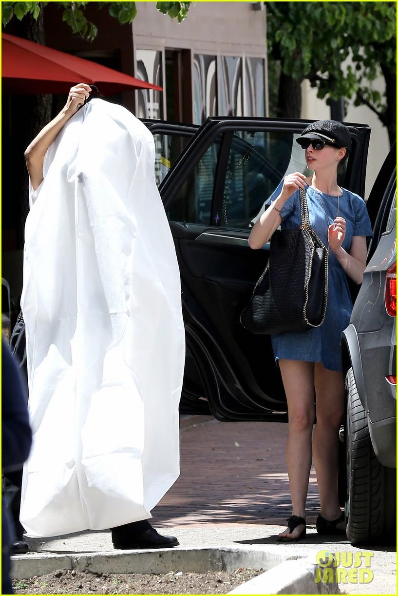 anne hathaway dry cleaning pick up 202852705