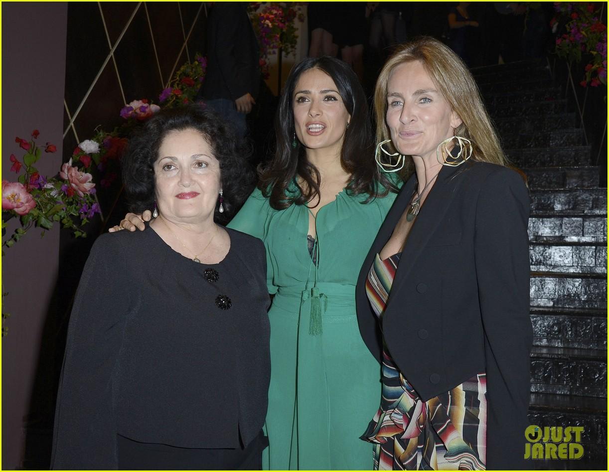 salma hayek les ptits cracks charity dinner 072858651