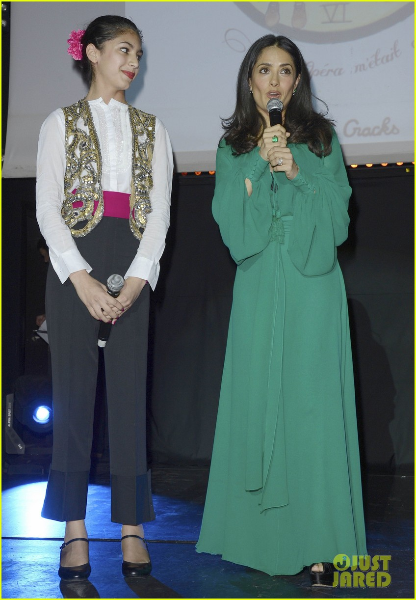salma hayek les ptits cracks charity dinner 112858655