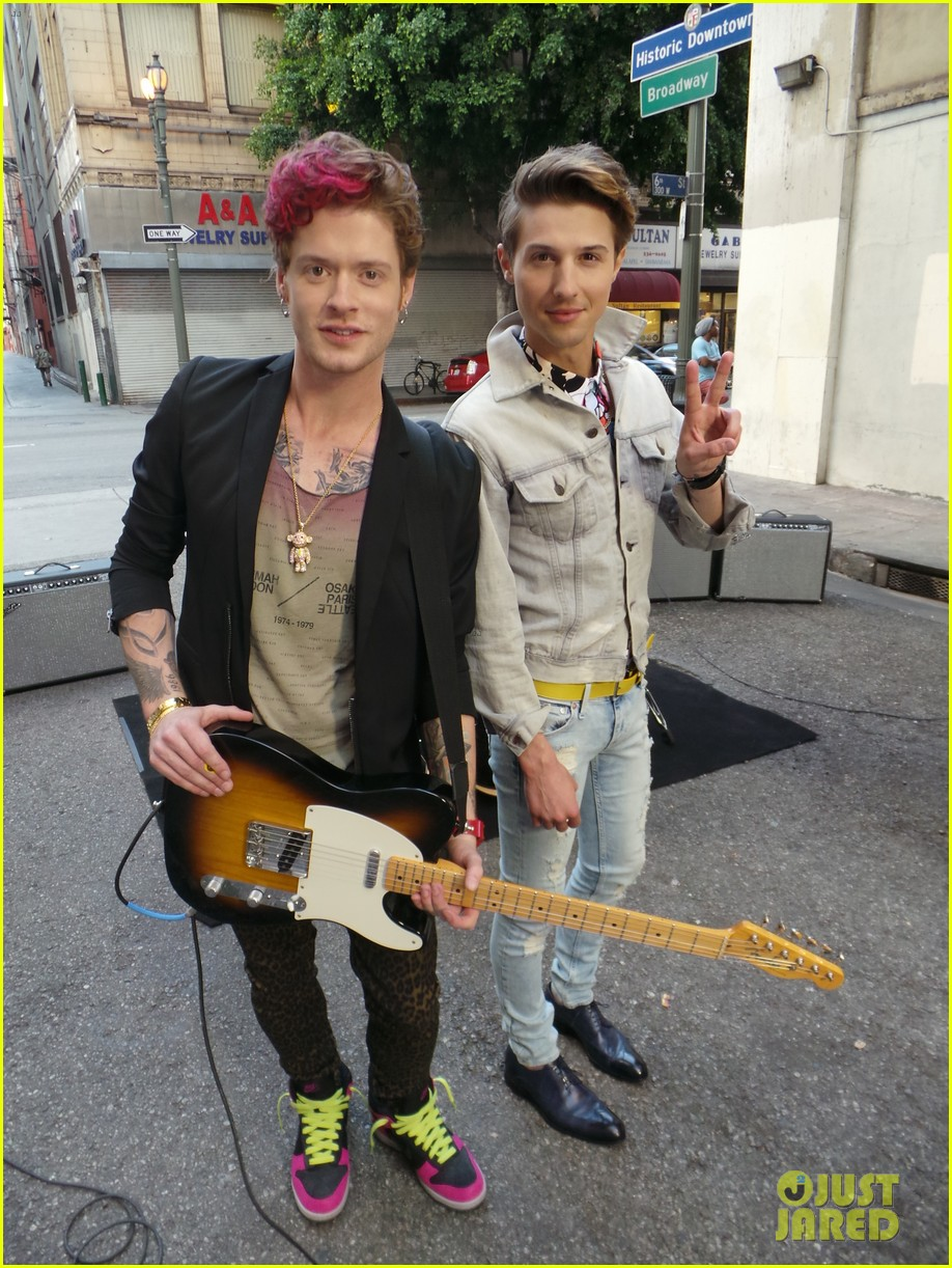hot chelle rae hung up video exclusive set photos 012841488