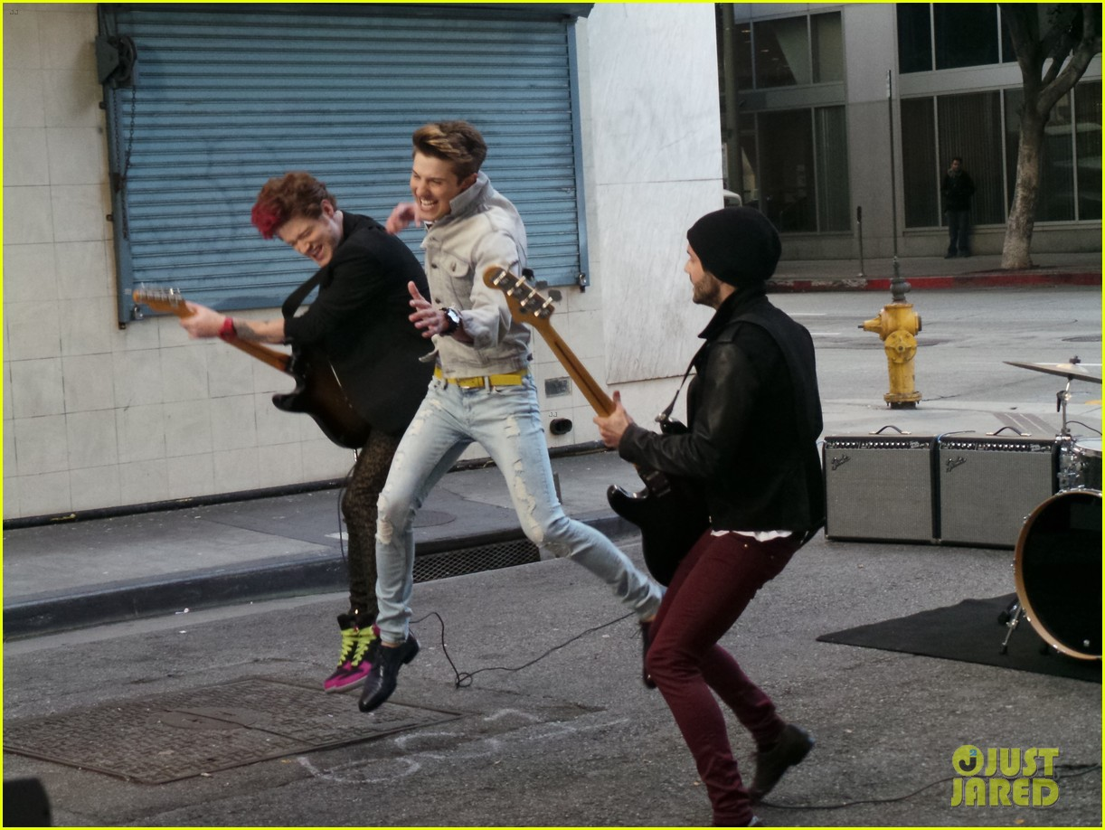 hot chelle rae hung up video exclusive set photos 052841492