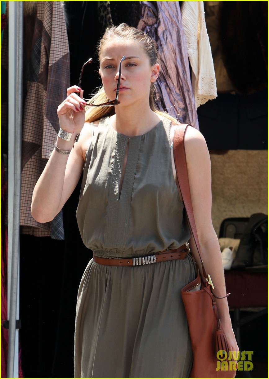 amber heard solo shopping after night with johnny depp 06