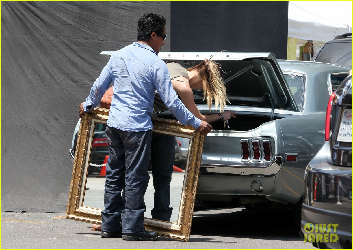 amber heard solo shopping after night with johnny depp 142860413