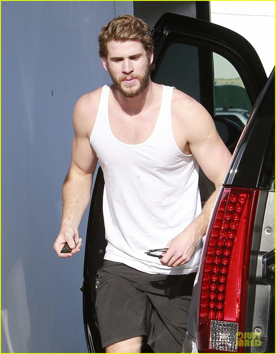 billy rae cyrus not sure about liam hemsworth miley cyrus wedding 132850974