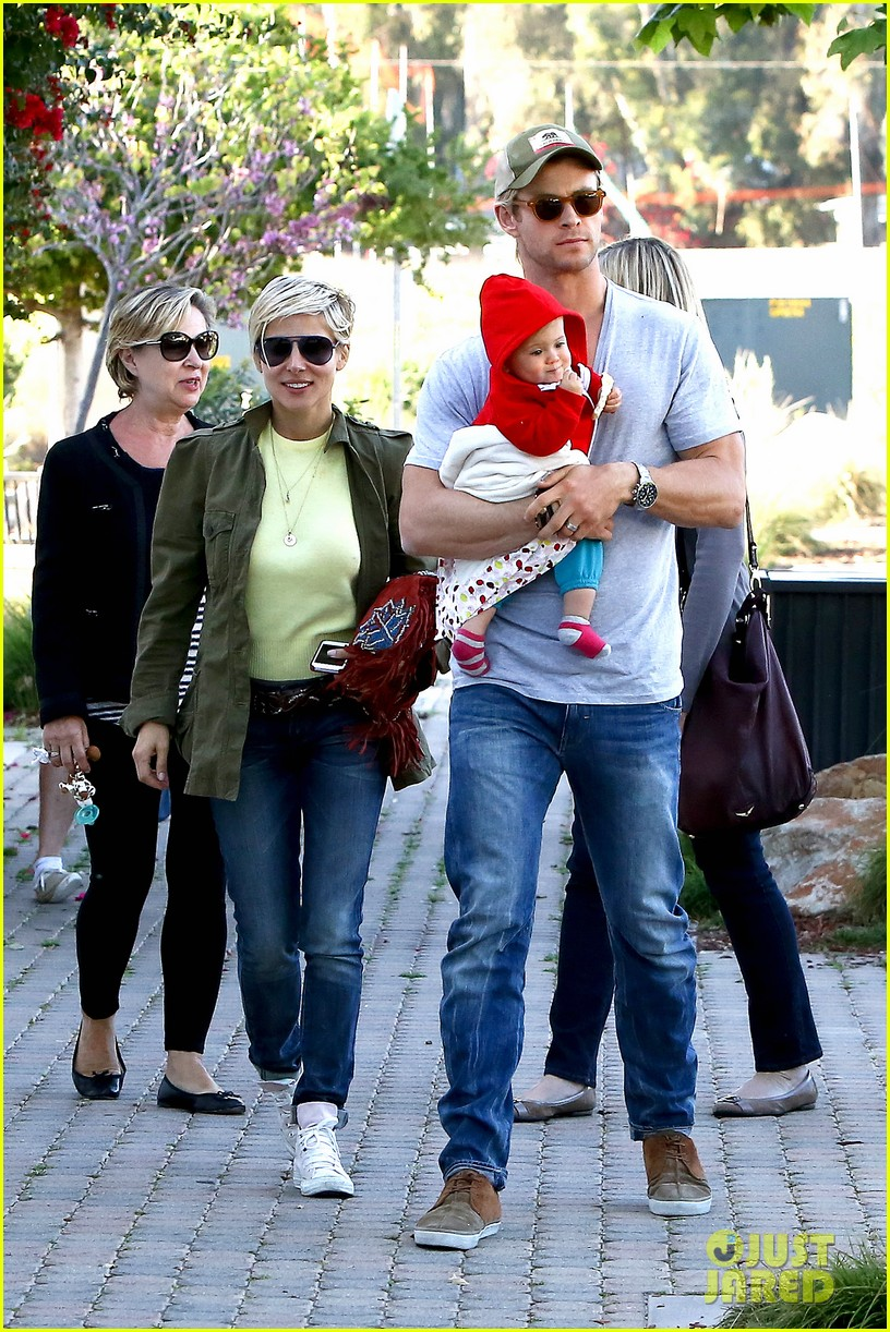 chris hemsworth elsa pataky lunchtime with india 062843657