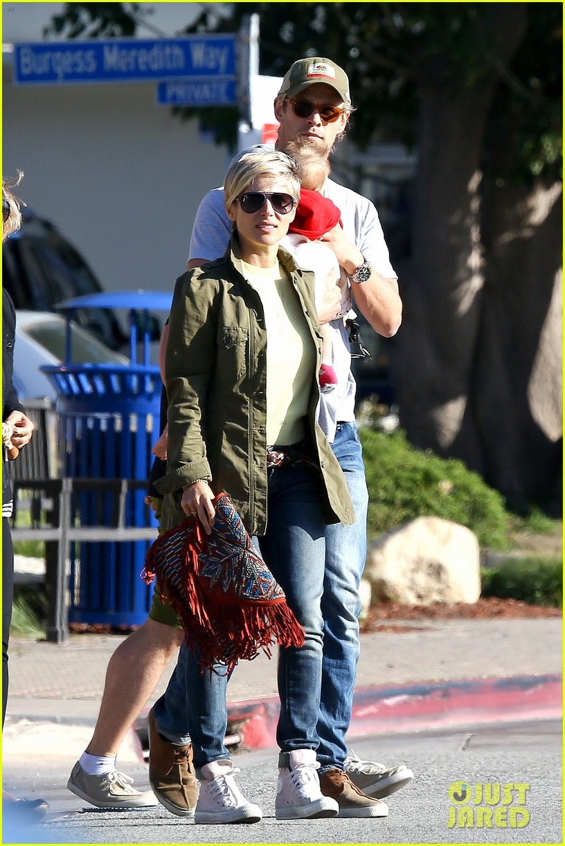 chris hemsworth elsa pataky lunchtime with india 082843659