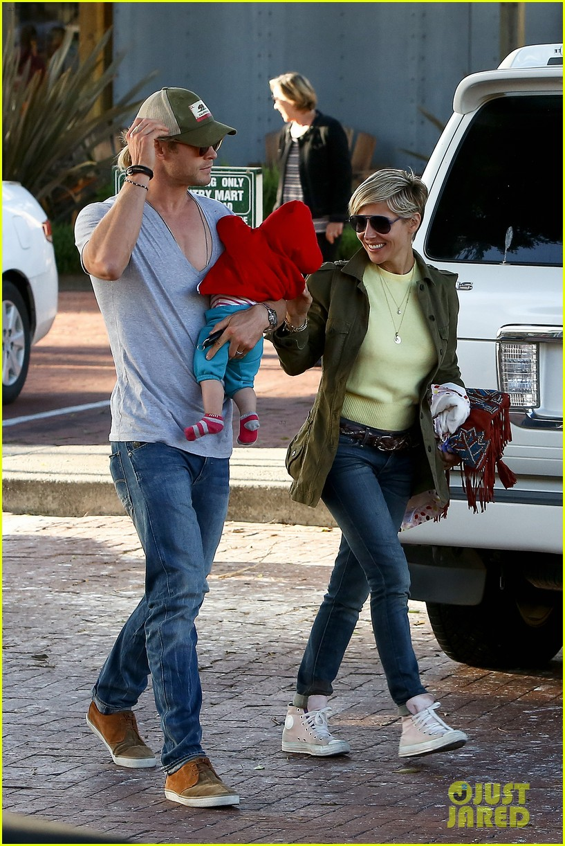 chris hemsworth elsa pataky lunchtime with india 132843664