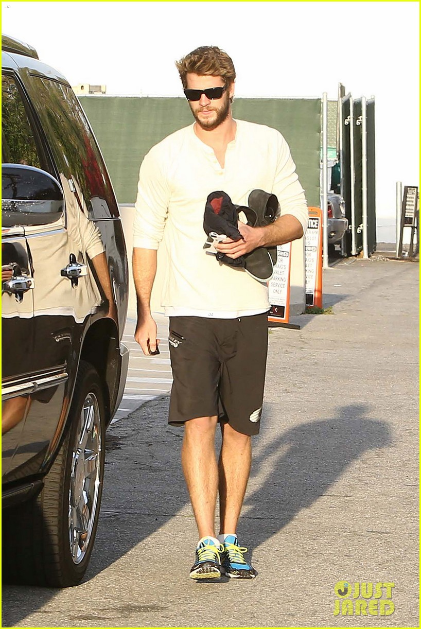 liam hemsworth steps out after the raven casting news 042842999