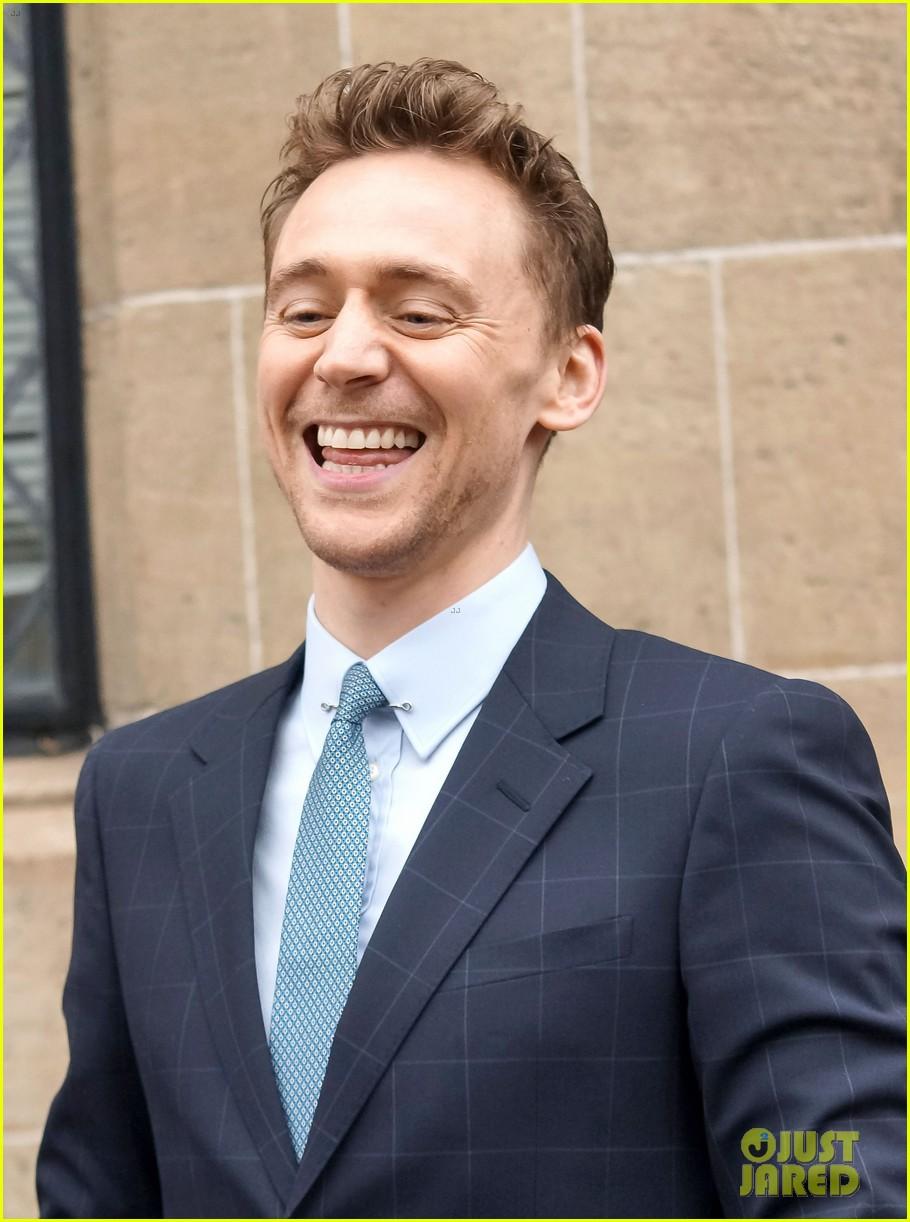 tom hiddleston talks sex appeal on this morning 022847863