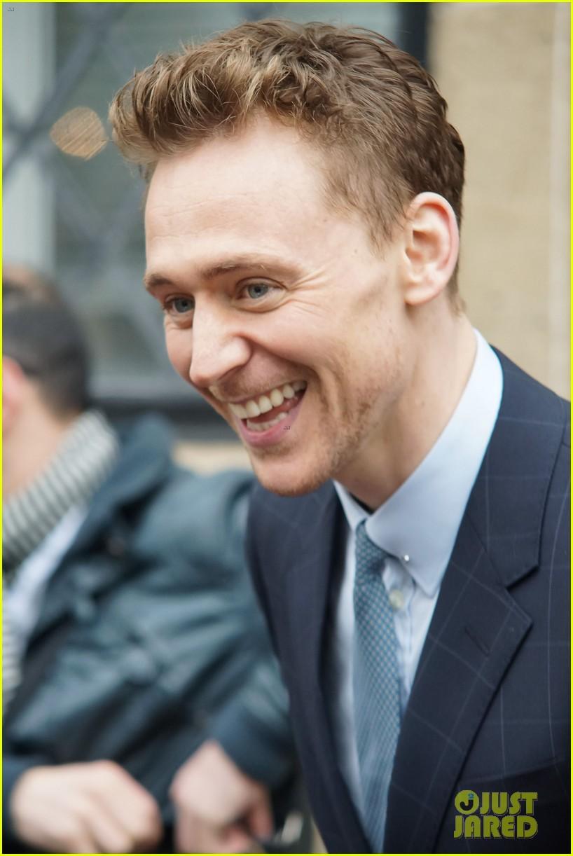 tom hiddleston talks sex appeal on this morning 042847865