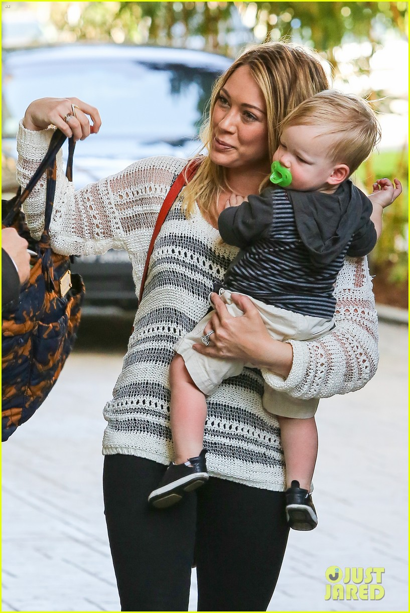 hilary duff birthday parties with baby luca 352856908