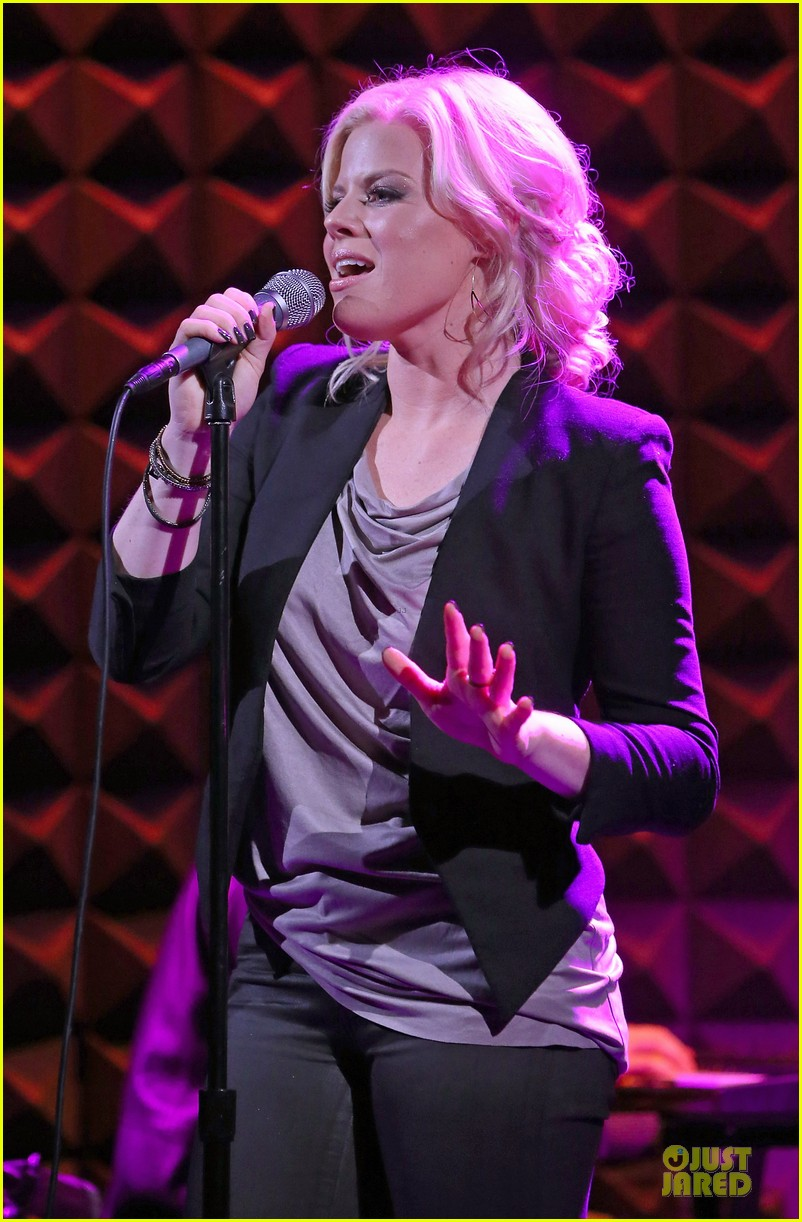megan hilty joes pub showcase 162856987