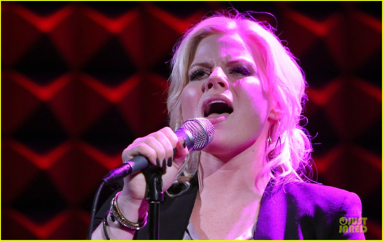 megan hilty joes pub showcase 252856996