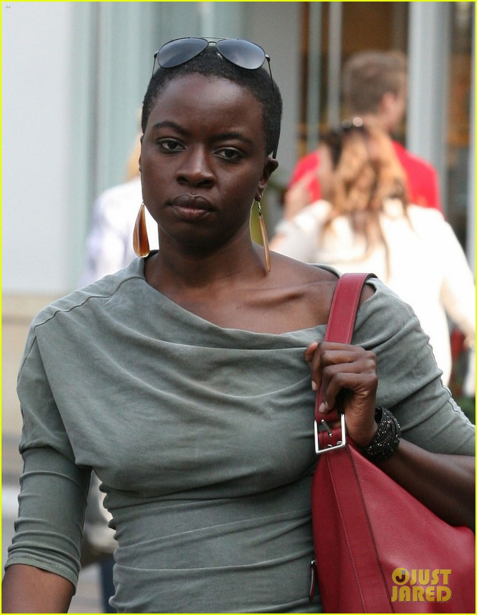 laurie holden danai gurira gal pals at the grove 012845587