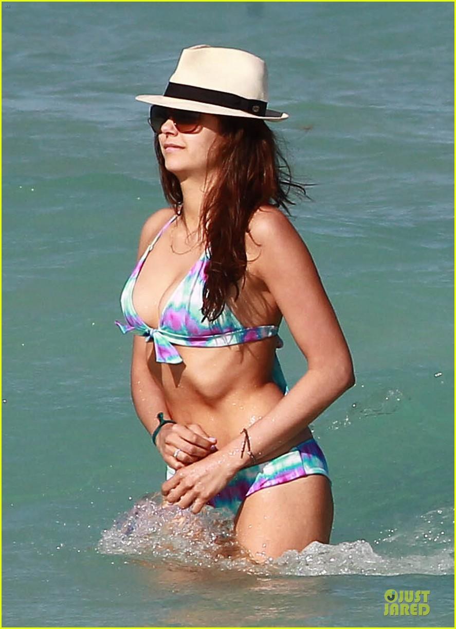 julianne hough nina dobrev bikini miami babes 082858872
