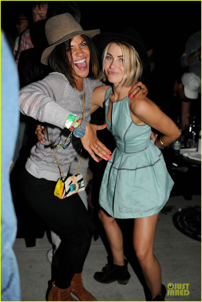 alex pettyfer julianne hough neon carnival attendees 03