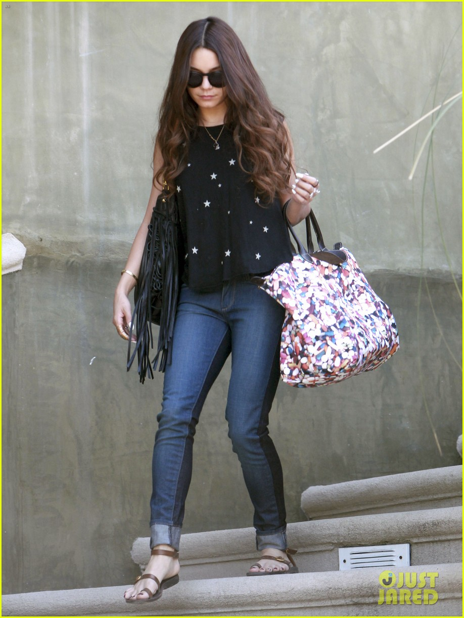 vanessa hudgens austin butler take flight in burbank 012859696