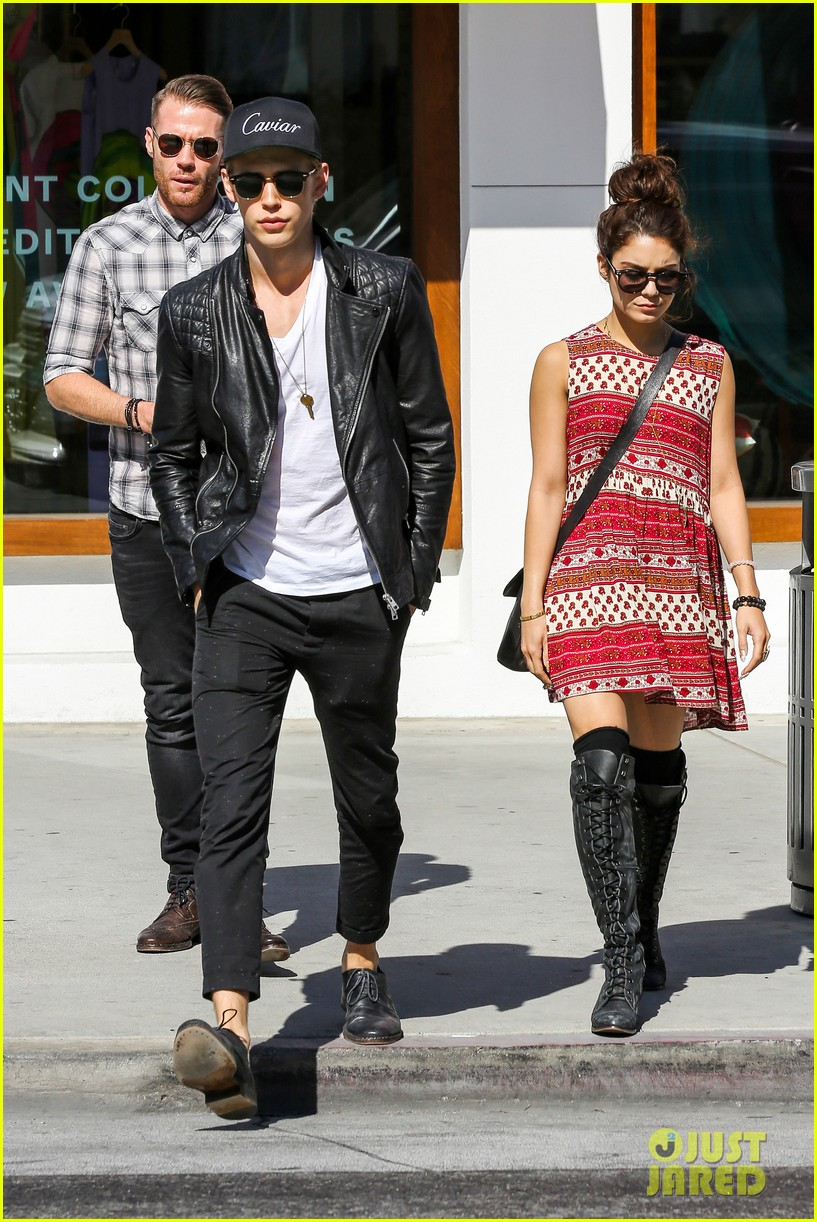 vanessa hudgens austin butler cafe roma lunch lovers 03