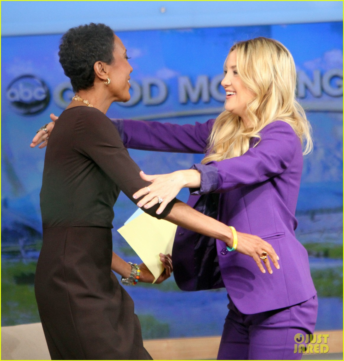 kate hudson good morning america appearance 172856572