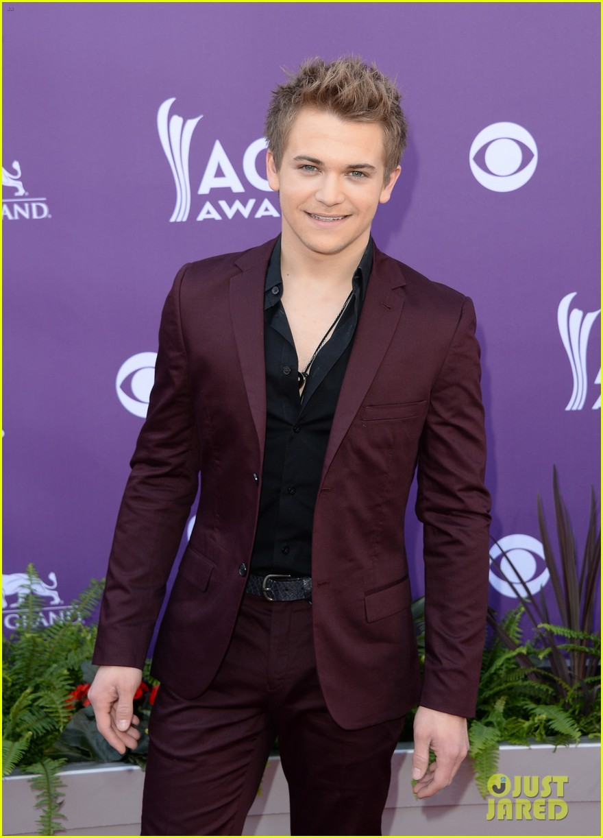 hunter hayes acm awards 2013 red carpet 012845073