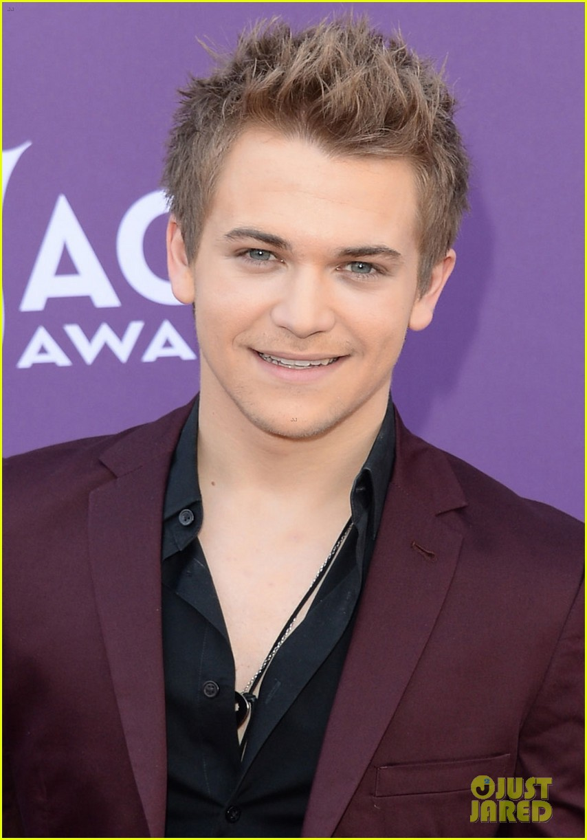 hunter hayes acm awards 2013 red carpet 022845074