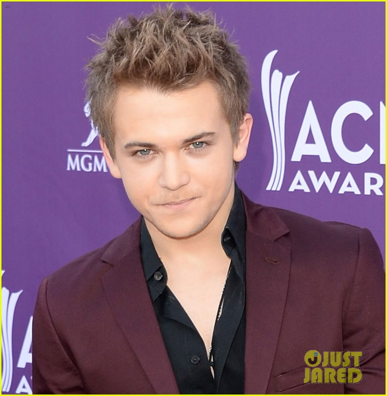 hunter hayes acm awards 2013 red carpet 042845076