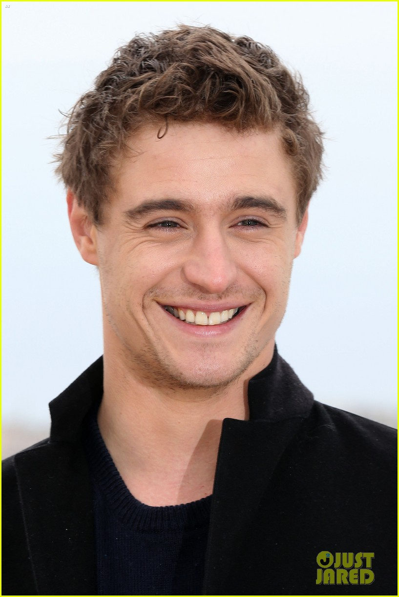 max irons white queen photo call at miptv in cannes 022845580