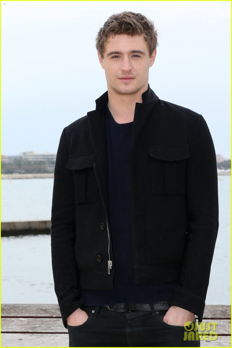 max irons white queen photo call at miptv in cannes 052845583