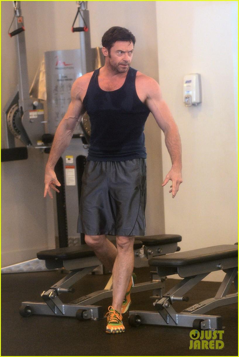 hugh jackman bulging bicep workout 162847037