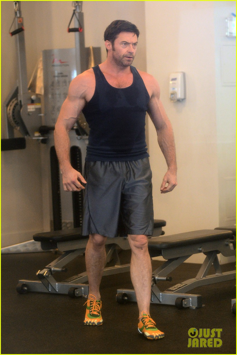 hugh jackman bulging bicep workout 192847040