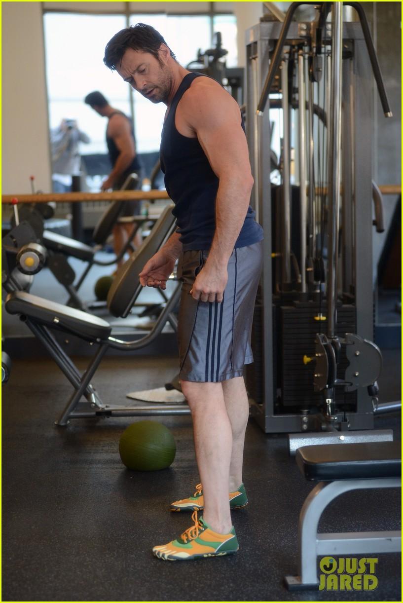 Hugh Jackman: Bulging Biceps Workout!: Photo 2847041 | Ava ...