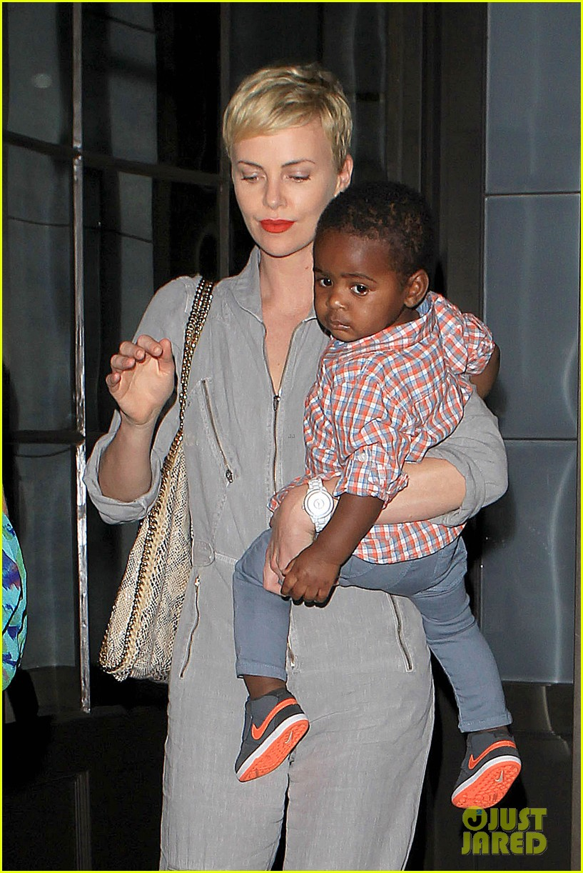 charlize theron rocks jumpsuit for dinner with jackson 04