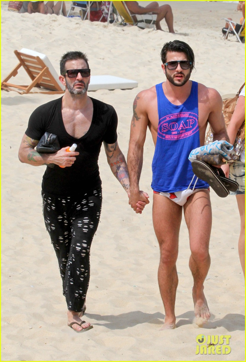 marc jacobs harry louis shirtless speedo pda in rio 032845395