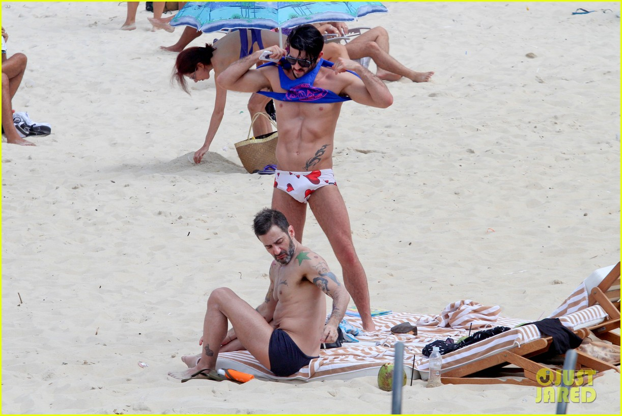 marc jacobs harry louis shirtless speedo pda in rio 09