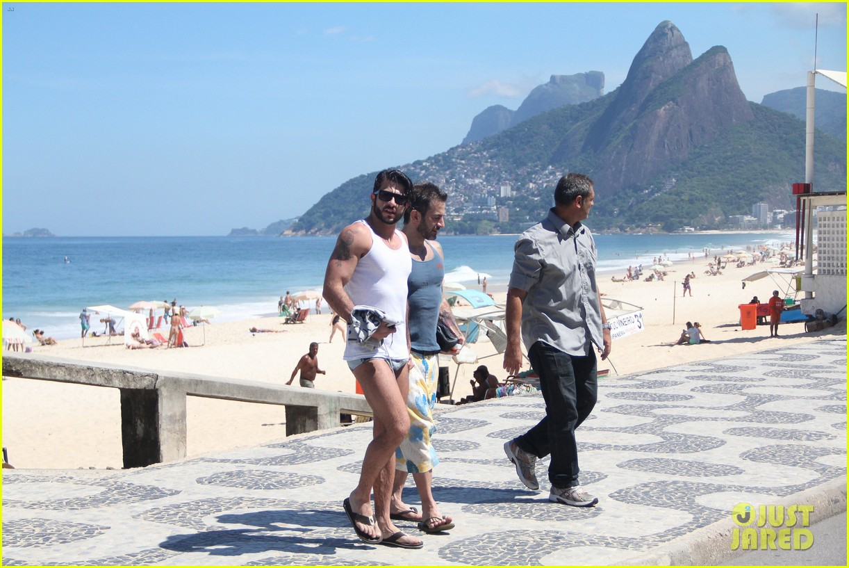 marc jacobs harry louis speedo sexy in rio 062847917