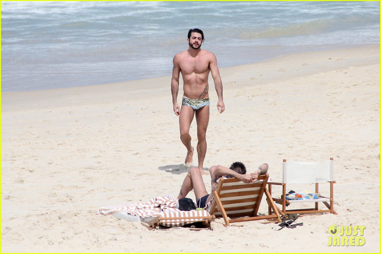 marc jacobs harry louis speedo sexy in rio 21